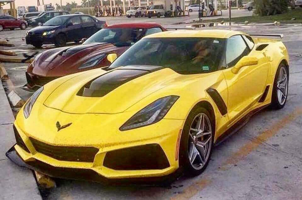 pics 2019 corvette zr1 prototypes shed their camouflage coverings in public corvette sales. Black Bedroom Furniture Sets. Home Design Ideas