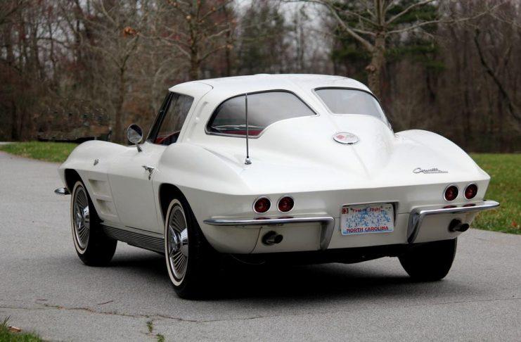 [GALLERY] Midyear Monday! (31 Corvette photos)