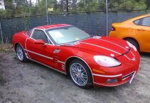 [PICS] Customized 2012 Corvette at Salvage Auction is Full of Surprises