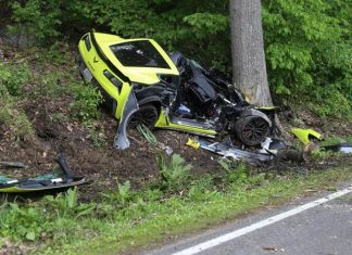 Judge Throws the Book at 21-Year-Old Who Crashed a Corvette Z06 into a Tree at 90 MPH