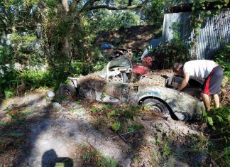 Corvettes on Craigslist: 1958 Corvette Roadster is a Backyard-Find Basket Case