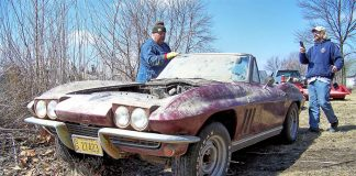 [VIDEO] Restoration Update on the 1966 Corvette Barn Find in Iowa Truck Box