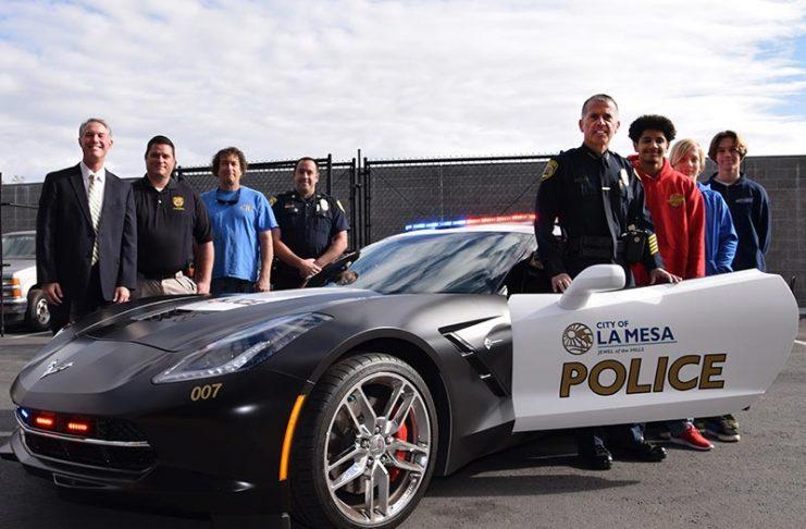 [PIC] La Mesa Police Show Off a C7 Corvette Stingray to High School Automotive Students