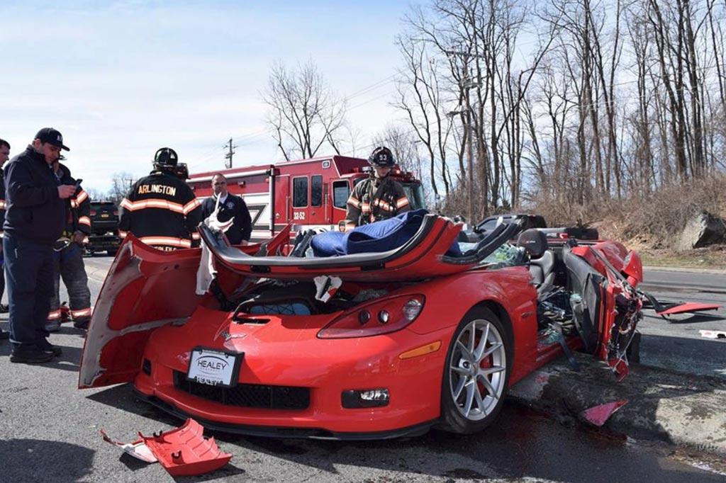 2013 Corvette Z06 >> Accident 2013 Corvette Z06 Involved In A Three Car Crash In