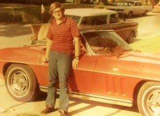 [VIDEO] Man Buys Back His Dad's 1965 Corvette 45 Years Later