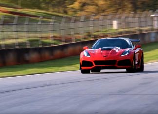 [VIDEO] Matt Farah and The Smoking Tire's One Take on the 2019 Corvette ZR1