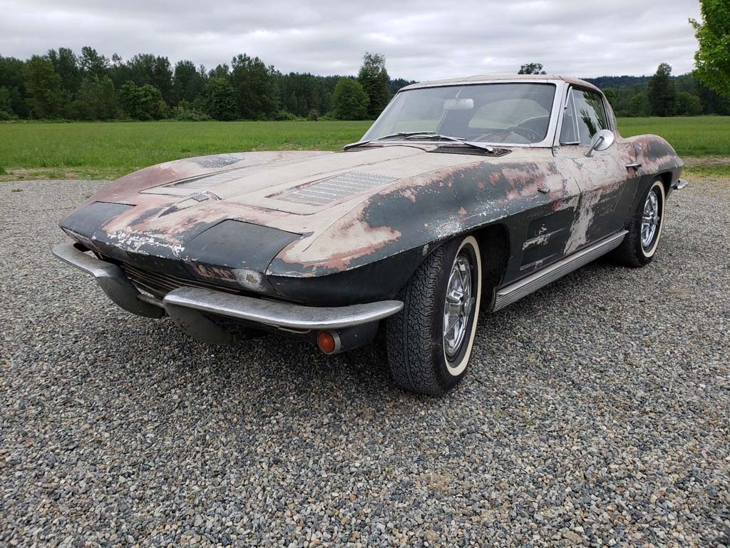 VIDEO Corvettes on eBay: 1963 Corvette Split Window Barn ...