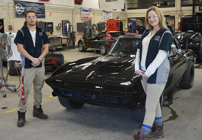 A Former Drug Dealer's 1966 Corvette Restored by Ohio High School Students