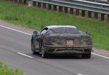 [VIDEO] The Mid-Engine C8 Corvette Performing Quick Take-Offs on the Track