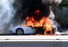 [ACCIDENT] Arctic White C6 Corvette Burns Alongside a Highway in Connecticut