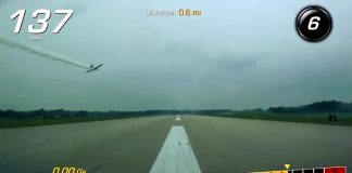 [VIDEO] 2019 Corvette Grand Sport Driver Races an Airplane Down a Mile Long Runway