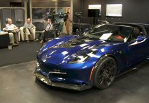 [VIDEO] The Genovation GXE Electric Corvette on Autoline After Hours