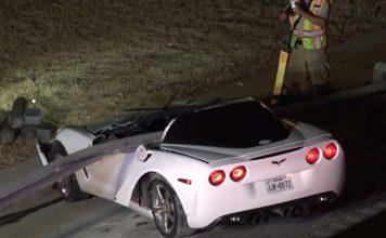 [ACCIDENT] A Guardrail Pierces the Cockpit of a C6 Corvette in Scary Dallas Crash