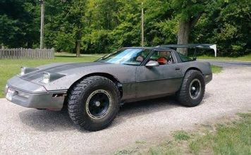 Found On Facebook: Lifted 1984 Corvette