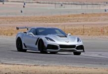 [VIDEO] 2019 Corvette ZR1 Hot Lap at Willow Springs with Randy Pobst