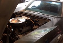 [VIDEO] 1969 Corvette Owner Explains How He Gets a Free Car Battery for Life