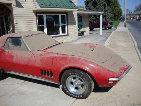 Corvettes on Craigslist: 1968 Corvette 427ci Barn Find