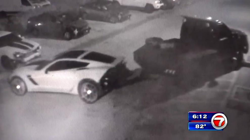 STOLEN] Thieves Caught on Camera Stealing a C7 Corvette Z06
