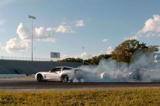 [VIDEO] C6 Corvettes Go Drifting at Englishtown