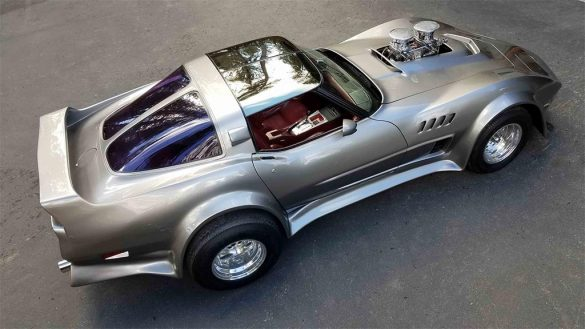 Wicked 1981 Corvette with a 427 V8 Headed to Mecum's Glendale Auction