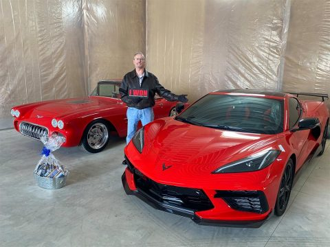 [PIC] The Winner of the 2020 Corvette Dream Giveaway Receives His New Corvettes