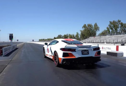 [VIDEO] Emelia Hartford Sets New Record for World's Fastest C8 Corvette